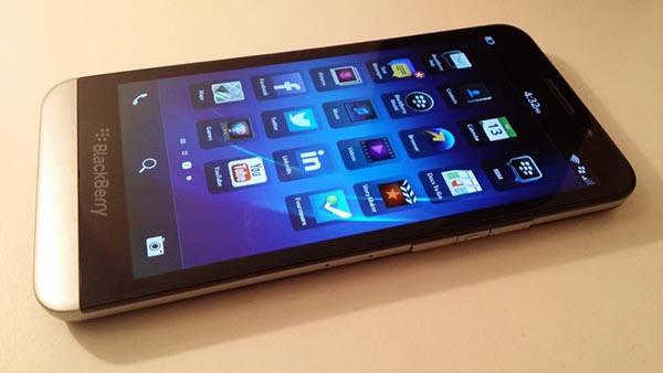 danh-gia-blackberry-z30